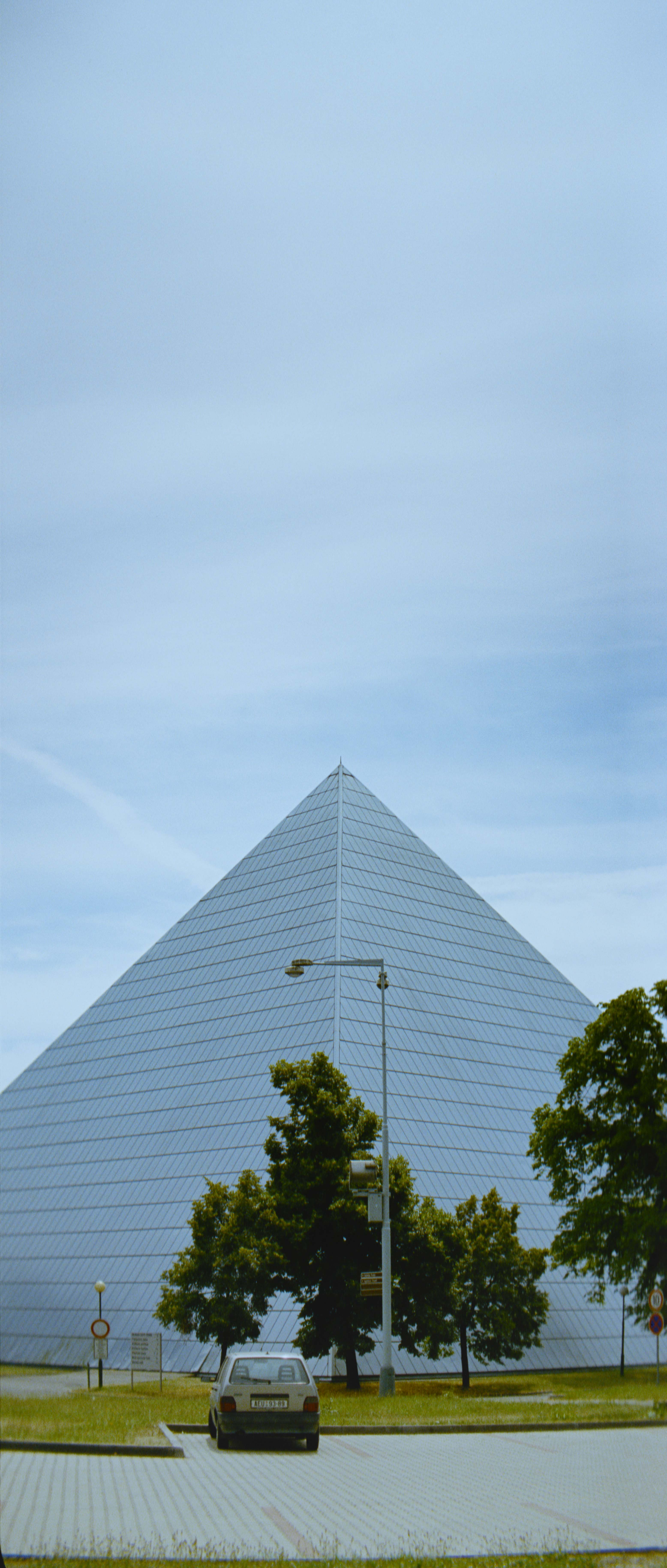 Johann Lurf - Picture Perfect Pyramid